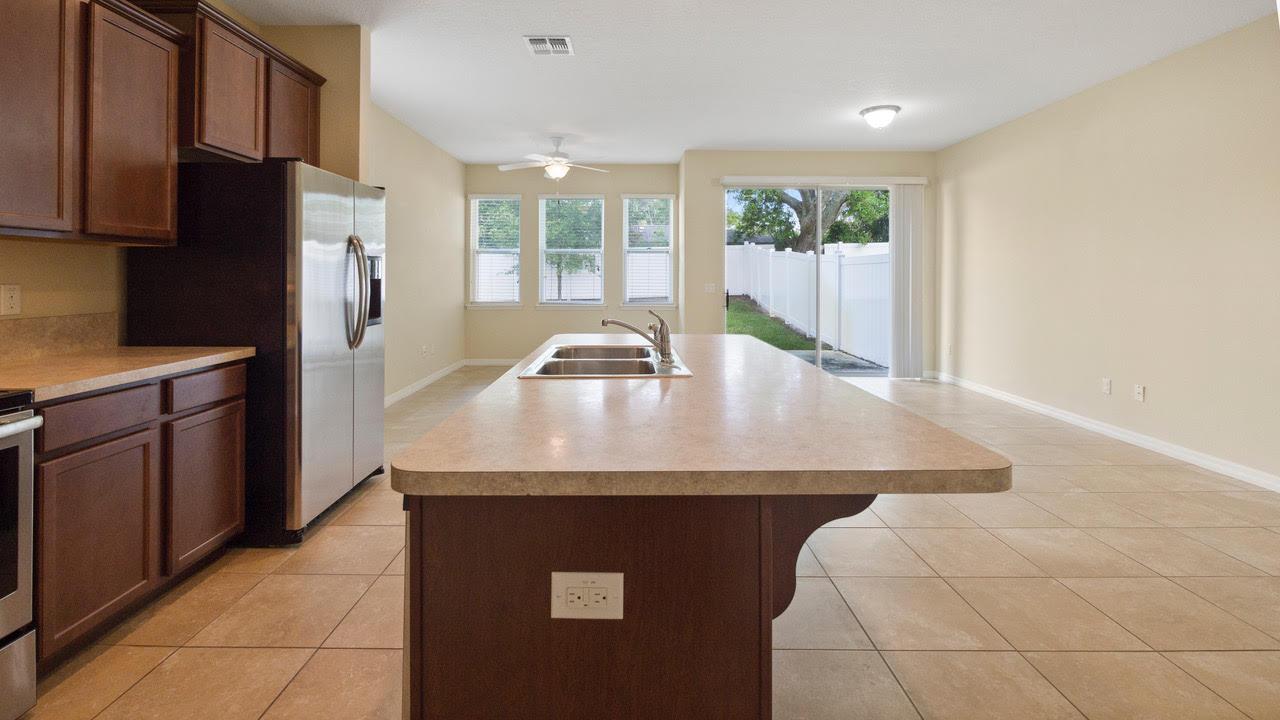 1220 Kitchen Living